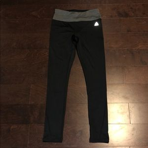 Redbox leggings / workout pants